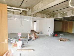 内装工事中の家